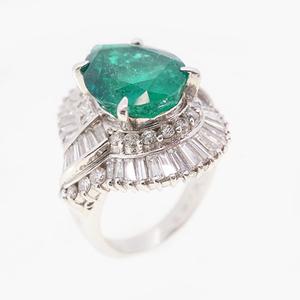 リング 天然エメラルド 5.87 ct ダイヤモンド 2.43 ct  Pt900 プラチナ 指輪