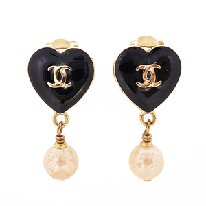 Auth Chanel Earrings Heart Motif Coco Mark GP Plated Gold Color 04A Fall 2004 Collection