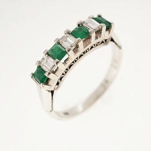 リング エメラルド 0.34 ct ダイヤモンド 0.26 ct Pt900 プラチナ 指輪