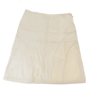 シャネル(Chanel) カジュアル スカート アイボリー CClogo 04C