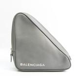 バレンシアガ(Balenciaga) トライアングル M 476976 レディース レザー クラッチバッグ グレー