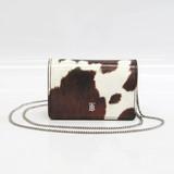 バーバリー(Burberry) Cow Print レディース レザー チェーン/ショルダーウォレット ダークブラウン,オフホワイト