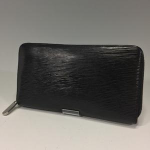 Louis Vuitton Zippy Organizer Long Wallet Epi Noir M63852