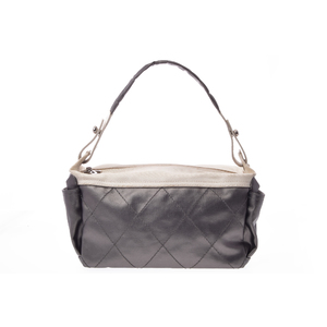 シャネル(Chanel) パリ・ビアリッツ Horizontal Hobo Quilted Coated Large レディース ナイロン ハンドバッグ,ショルダーバッグ グレー,メタリックシルバー