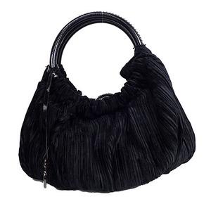 ジョルジオ・アルマーニ(Giorgio Armani) ショルダーバッグ shoulder Bag