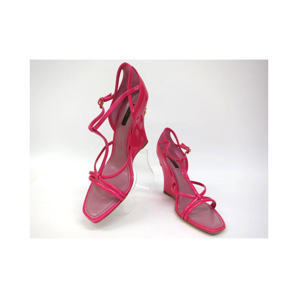 Louis Vuitton Shoes Louis Vuitton enamel sandals pink ladies 38