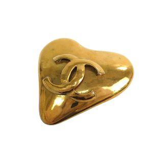 CHANEL Coco Heart Brooch Metal Gold