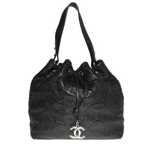 シャネル(Chanel) オンザロード A49849 巾着型ショルダーバッグ ブラック