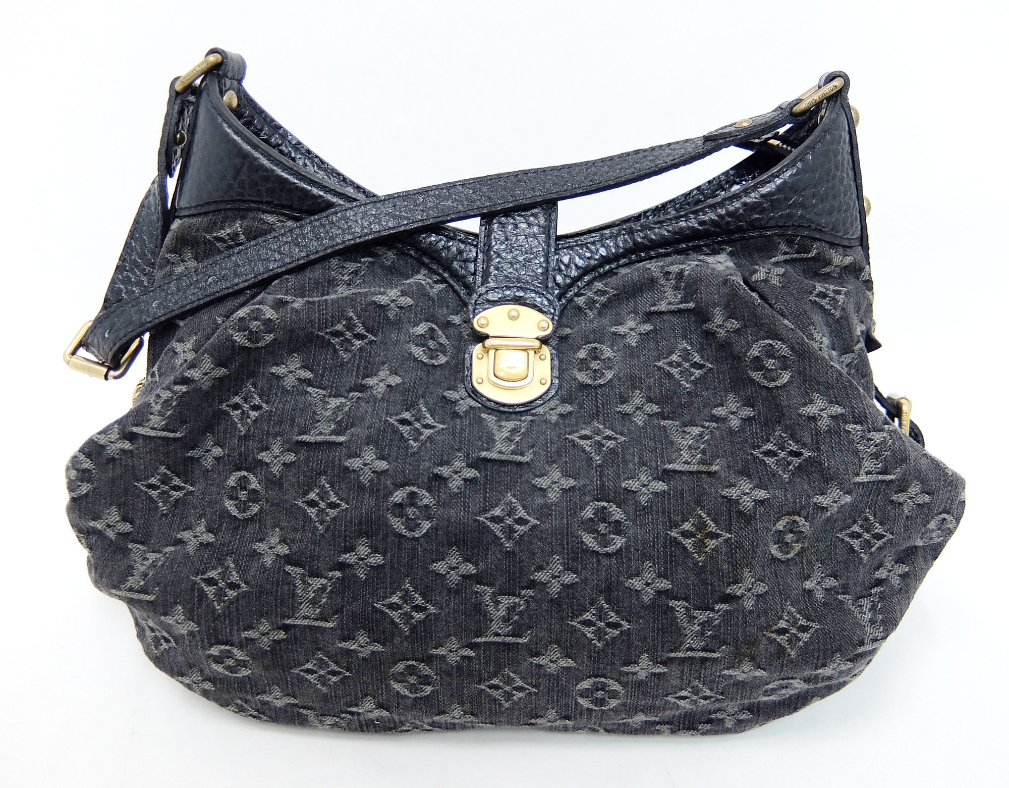 8d1bfb040b82 Auth Louis Vuitton Monogram Denim M95608 Shoulder Bag Black