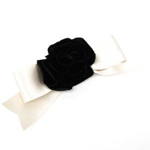 シャネル(Chanel) ベルベット カメリア レディース バレッタ ブラック,ホワイト