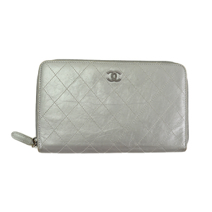 e4687a5558a0 Auth Chanel Long Wallet (bi-fold) Matelasse round fastener leather silver
