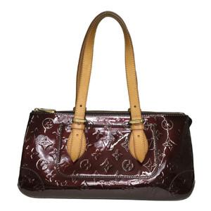 【中古】 ルイ・ヴィトン(Louis Vuitton) モノグラムヴェルニ M93510 ローズウッド・アヴェニュー ショルダーバッグ アマラント