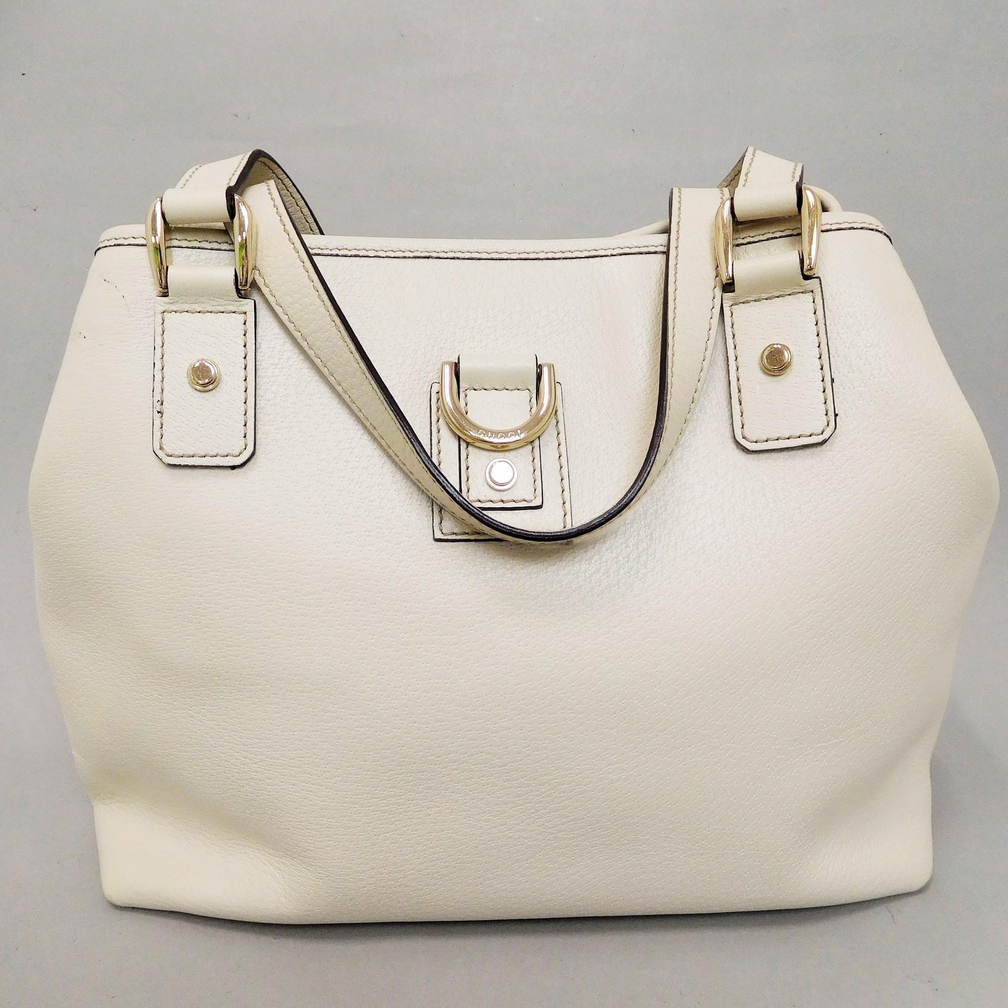 f15d3564c0e Auth Gucci Abbey 197018 Leather Handbag White