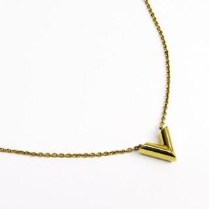 Louis Vuitton Women's Pendant Necklace Essential V M61083