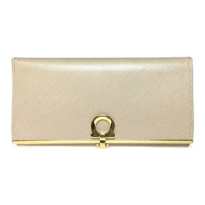 Auth Salvatore Ferragamo Ganchini Long Wallet (bi-fold) Beige Leather