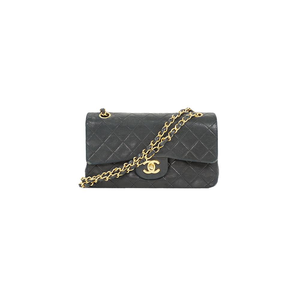 Auth Chanel Matelasse Chain shoulder Bag W Flap W Chain Shoulder Gold Black