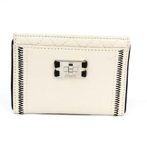 シャネル(Chanel) 2.55 レザー カードケース ホワイト