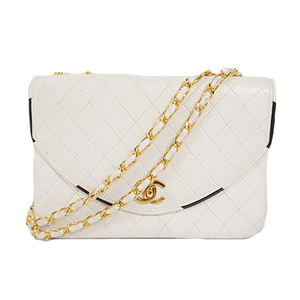 Auth Chanel Matelasse Chain ShoulderBag  Doubl Chain Beige Gold  lumb skin White