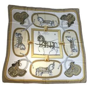 エルメス(Hermes) カレ90 GRAND APPARAT 盛装の馬 シルク スカーフ ベージュ