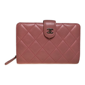 シャネル(Chanel) マトラッセ ココマーク  中財布(二つ折り) ラムスキン ピンク