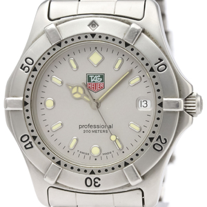 Tag Heuer 2000 Series Quartz Stainless Steel Men's Sports Watch WE1111
