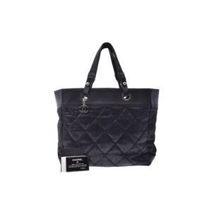 シャネル(Chanel) ナイロン バッグ ブラック