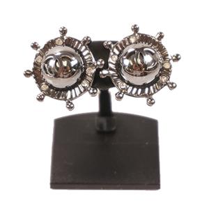Chanel マリンモチーフ ココマーク メッキ ゴールドカラー Ball Stud Earrings Gold