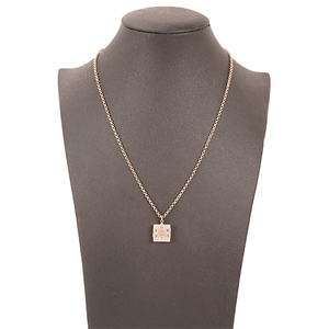 Chanel ネックレス ココマーク プラスチック Women's Pendant Necklace (Gold)