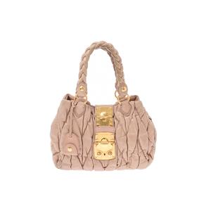 ミュウミュウ(Miu Miu) マトラッセ 2way handbag レザー バッグ ピンクベージュ