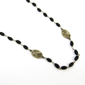 Gucci Hysteria Plastic,Silver 925 Unisex Necklace (Black,Silver)