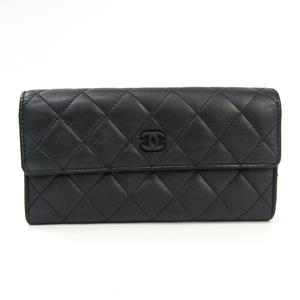 シャネル(Chanel)  カーフスキン 長財布(二つ折り) ブラック