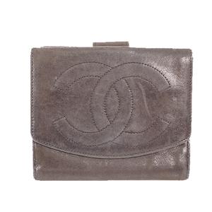 シャネル 二つ折り財布 ラムスキン ブラック