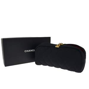 シャネル(Chanel) ココマーク ナイロン ポーチ ブラック