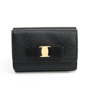 サルヴァトーレ・フェラガモ(Salvatore Ferragamo) ヴァラ JL-22 D951 レディース  型押しカーフ 財布(三つ折り) ブラック