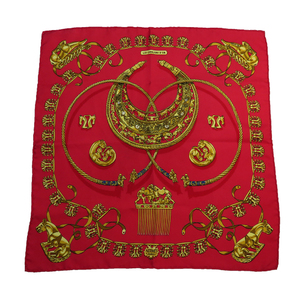 Auth Hermes LES CAVALIERS DOR Golden Knight Calle 40 Silk Handkerchief Gold,Red