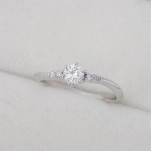 リング 指輪 Pt900 プラチナ ダイヤモンド0.24ct・0.04ct ダイヤ 11号