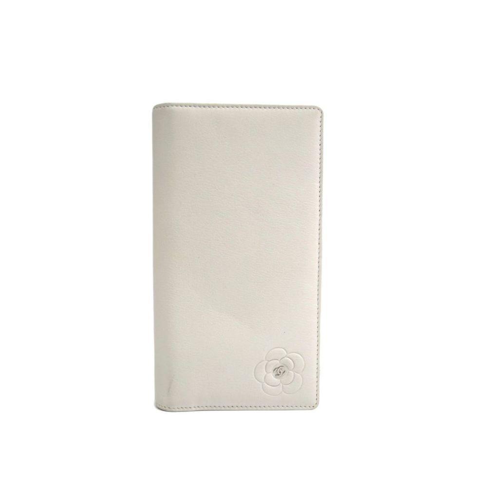 Chanel Camellia A46511 Women's Long Wallet (bi-fold) White