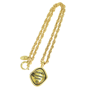 Chanel Metal Pendant Necklace (Gold)