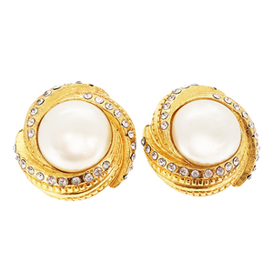 Auth Chanel  Vintage Earring Fake Pearl Gold Plating