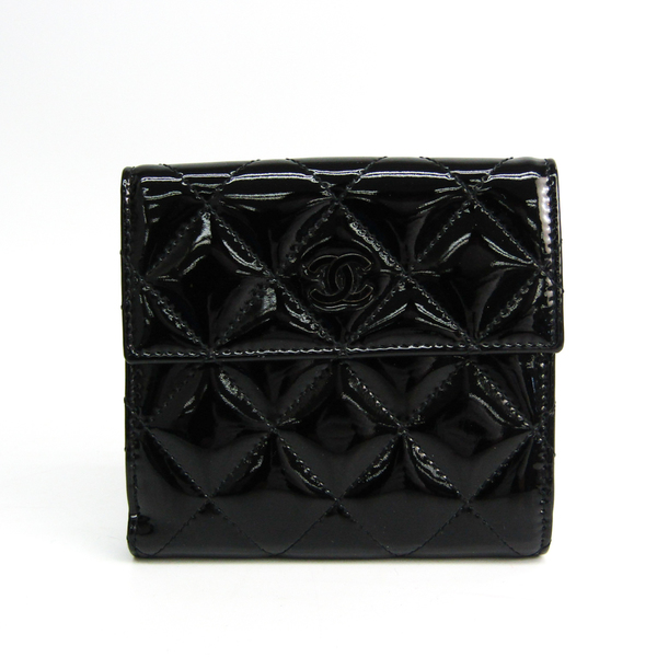 Chanel Matelasse Women's  Enamel Leather Wallet (bi-fold) Black