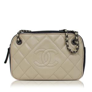 Chanel CHANEL Matrasse W Chain Shoulder Bag Beige × Black Women's