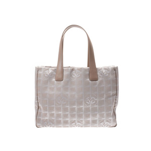 Chanel New Travel Line Tote MM Beige Ladies Nylon Bag A rank 美 品 CHANEL ギ ャ ラ Used Ginza