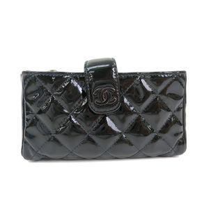 シャネル(Chanel) パテントレザー ポーチ/スリーブ ブラック A48227