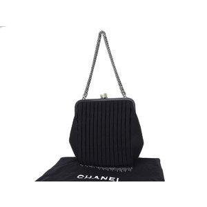 シャネル(Chanel) CHANEL シャネル チェーンフリンジ フェイクパール がま口 チェーンハンドバッグ サテン 黒 ブラック ショルダー [20190125]