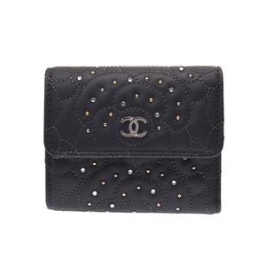 シャネル(Chanel) シャネル カメリア 三ツ折コンパクトウォレット グレー レディース ラムスキン マルチスタッズ 財布 未使用 美品 CHANEL 箱 ギャラ 中古 銀蔵