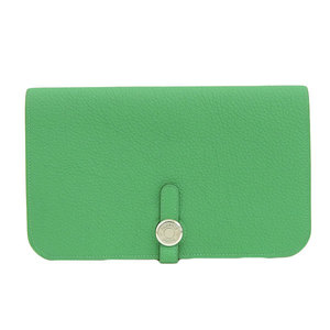HERMES Hermes shable dogon GM green □ R stamped wallet leather