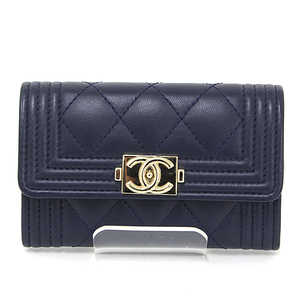 Chanel CHANEL BOY Boy Flap Card Case Lambskin Quilted Navy Gold Hardware Business Holder