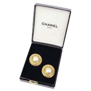 Chanel CHANEL Faux Pearl Round Earrings Made in France / Gold Women's Accessories