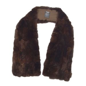 Chanel CHANEL Made in France Orirafu fur Fur muffler Stall Dark brown