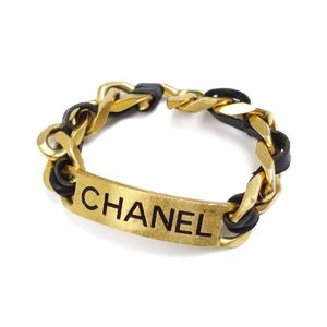 Chanel CHANEL 95P Chain Leather Logo Plate Bracelet Gold / Black Ladies Accessories Made in France Vintage
